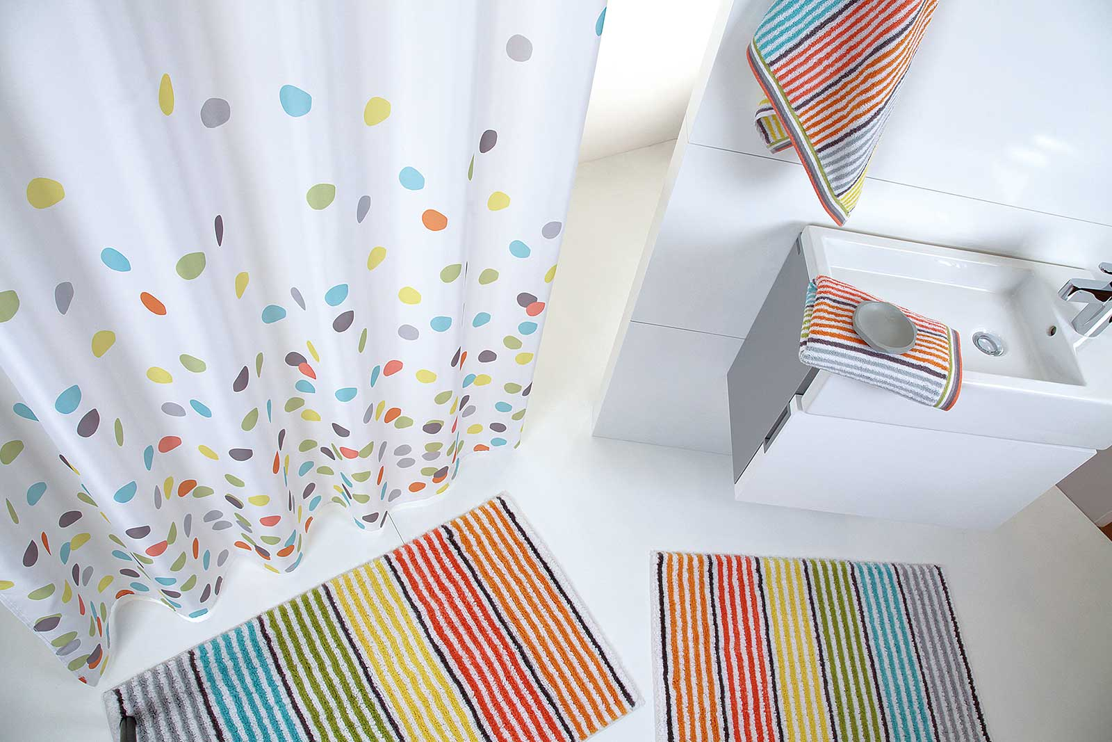 Multicolor Multistripe Bath Linen
