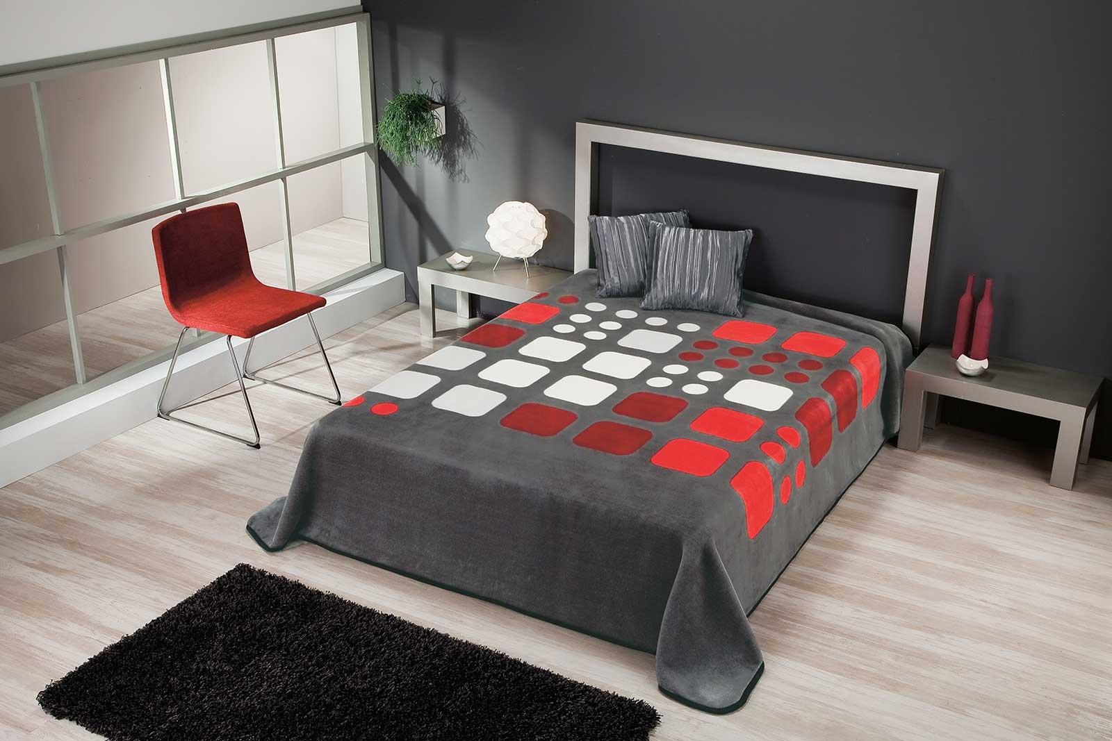 Granate Black Color Blanket